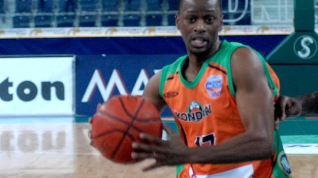 POSILA. Američan Pierre Wooten v posledních zápasech ukázal basketbalový um a Liberec na něj bude spoléhat i ve čtvrtek.
