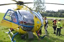 Při nehodě zasahoval vrtulník