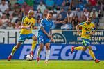 Zápas 3. kola první fotbalové ligy mezi týmy FC Slovan Liberec a FK Teplice se odehrál 4. srpna na stadionu U Nisy v Liberci. Na snímku v modrém je Aleš Nešický.