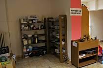 Od půlky září funguje v Liberci nábytková banka. Kromě nábytku nabízí i oblečení či potřeby pro domácnost.