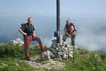 Fotografové Šimon a Jan Pikousové na své dokumentační cestě po stopách českých vojáků na italské frontě.