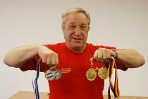 František Halíř s novou sbírkou medailí z Königsee.