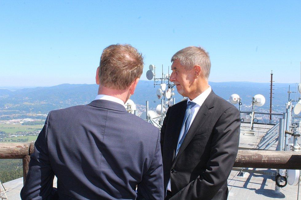 Premiér Andrej Babiš na Ještědu.