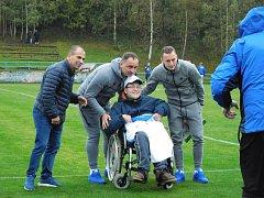 Ve Frýdlantu nastoupil ligový Slovan Liberec se všemi hráči základu. Proti nim v exhibici hráli fotbalisté z Frýdlantského výběžku.