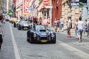 Sraz vozů britské značky Cobra, European Cobra Meeting 2017, na který se 22. června před libereckou radnici sjelo kolem padesáti těchto sportovních vozidel.