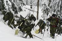 Cvičení libereckých vojáků