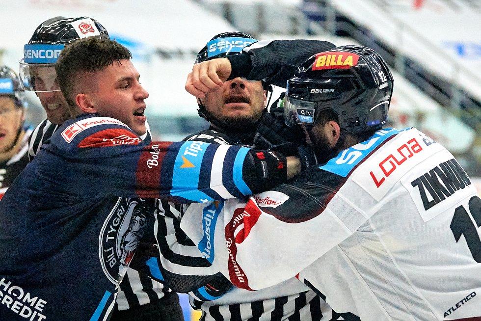 3. zápas semifinále mezi Libercem a Spartou.