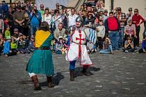 Svatováclavské slavnosti proběhly na Zámku Svijany. Na snímku je šermířské vystoupení v podání skupiny historického šermu Alterum, 2017.