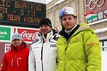 Zleva Šafář, sponzor Ski sport Horka a Kraus.