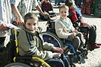 Festival dokumentárních filmů o lidských právech Jeden svět 2008 odstartoval v Liberci programem před radnicí.
