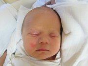 DANIEL MÁDR Narodil se 4. října v liberecké porodnici mamince Anettě Szakošové z Liberce. Vážil 2,99 kg a měřil 50 cm.