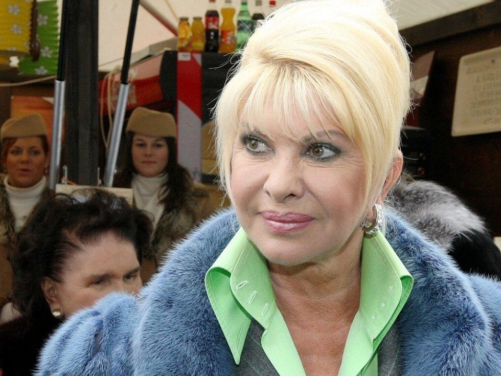 Zřejmě jedna z nejznámějších celebrit, původem Češka Ivana Trumpová, zavítala na liberecký šampionát. Do dějiště mistrovství světa přijela společně s maminkou Marií Zelníčkovou, aby zde zavzpomínala, coby bývalá lyžařka, nejen na svou sportovní kariéru.