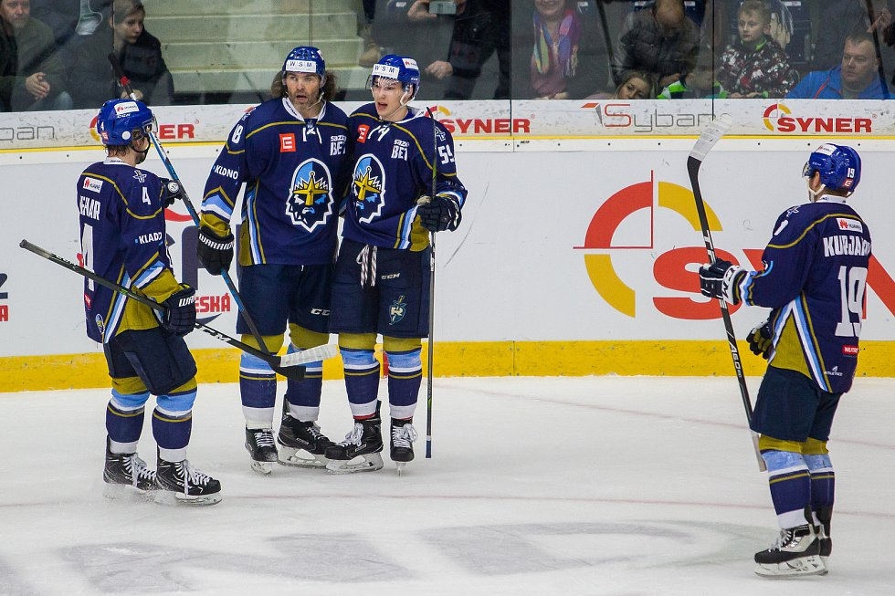 Utkání 46. kola WSM ligy ledního hokeje se odehrálo 3. února v liberecké Home Credit areně. Utkaly se celky HC Benátky nad Jizerou a Rytíři Kladno. Na snímku je radost hráčů Kladna, druhý zleva Jaromír Jágr.