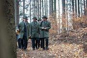 Slavnostní otevření nové lesní stezky pro pěší z Oldřichovského sedla k vlakovému nádraží v Oldřichově v Hájích v Jizerských horách proběhlo 8. listopadu.
