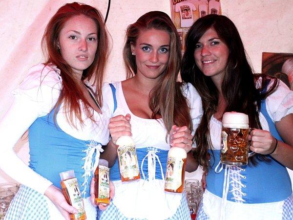 Oktoberfest na Pláních pod Ještědem 2013.