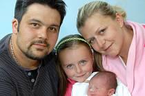 Stanislavě Bučkové a Josefu Škarýdovi z Bílého Potoka se dne 17. května narodil syn Josef Škarýd. Vážil 3,28 kg a měřil 50 cm.
