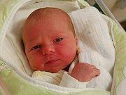 JOSEF BOBOK  Narodil se 9. ledna v liberecké porodnici mamince Kláře Bobokové z Krásné Studánky.  Vážil 3,50 kg a měřil 50 cm.