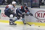 Kladno (v bílém) hostilo v hokejové extralize Liberec.