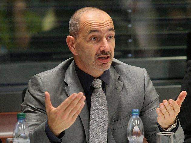Ministr průmyslu a obchodu Martin Kuba
