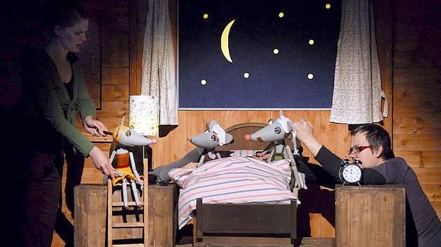 VAŘILA MYŠIČKA KAŠIČKU aneb Myší pohádky uvede liberecké Naivní divadlo naposledy v sobotu 7. ledna.