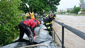 Na břehu Smědé bylo postaveno 44 metrů protipovodňových bariér. Ilustrační snímek