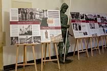 Výstava v Severočeském muzeu ukazuje, jak žila šlechta v Čechách ve 20. století.