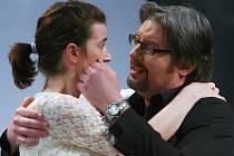 BERGMANOVA NEVĚRA v Malém divadle je hluboká, jemná, smutná a současně komická.