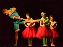 Taneční představení na motivy Malého prince.