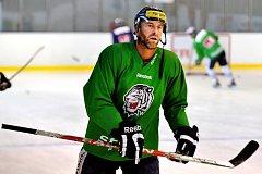 Petr Nedvěd na prvním tréninku.