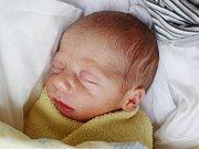 ŠTĚPÁN TESAŘ Narodil se 31. července v českolipské porodnici mamince Veronice Ležovičové z Raspenavy. Vážil 2,17 kg a měřil 43 cm.