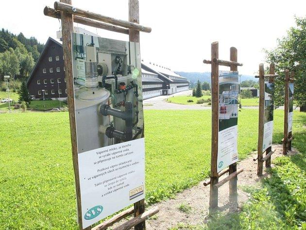 Naučná stezka vznikla v areálu  úpravny pitné vody v Bedřichově.