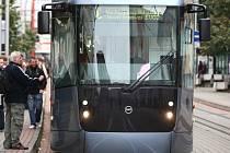 Nový prototyp nízkopodlažní tramvaje EVO2
