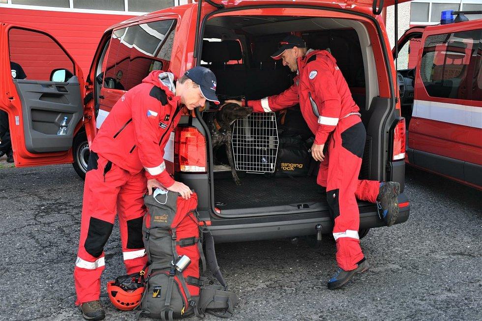Do Bejrútu letí krajští hasiči.
