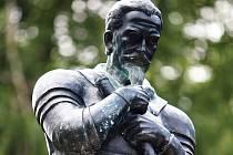 ALBRECHT Z VALDŠTEJNA nyní stojí také v Lázních Libverda