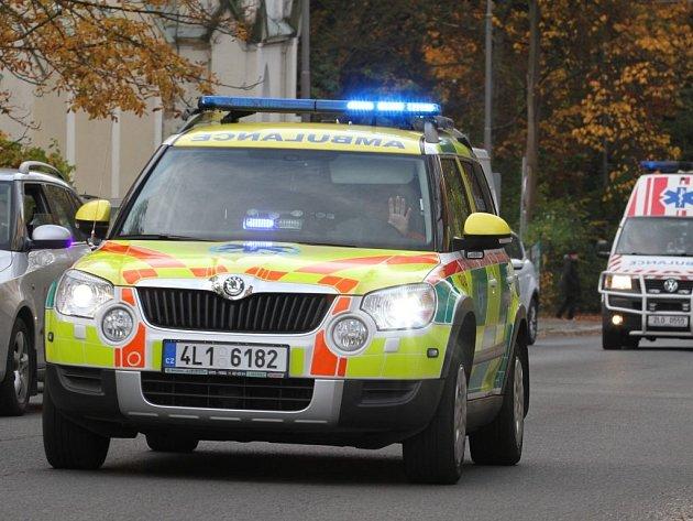 Ilustrační. Lékařský automobil Škoda Yeti Zdravotnické záchranné služby Libereckého kraje.