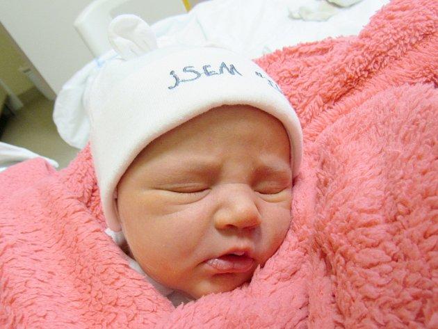MARIE POSPÍŠILOVÁ Narodila se 18. září v liberecké porodnici mamince Haně Valachové z Višňové. Vážila 3,58 kg a měřila 49 cm.