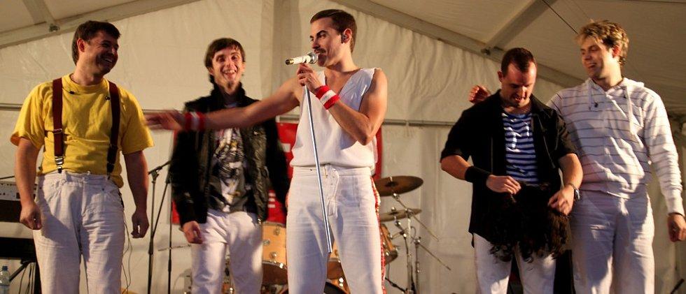 JEDNI Z NEJLEPŠÍCH. Revival Queenie z Prahy je nejuznávanější cover band Queen v Evropě.