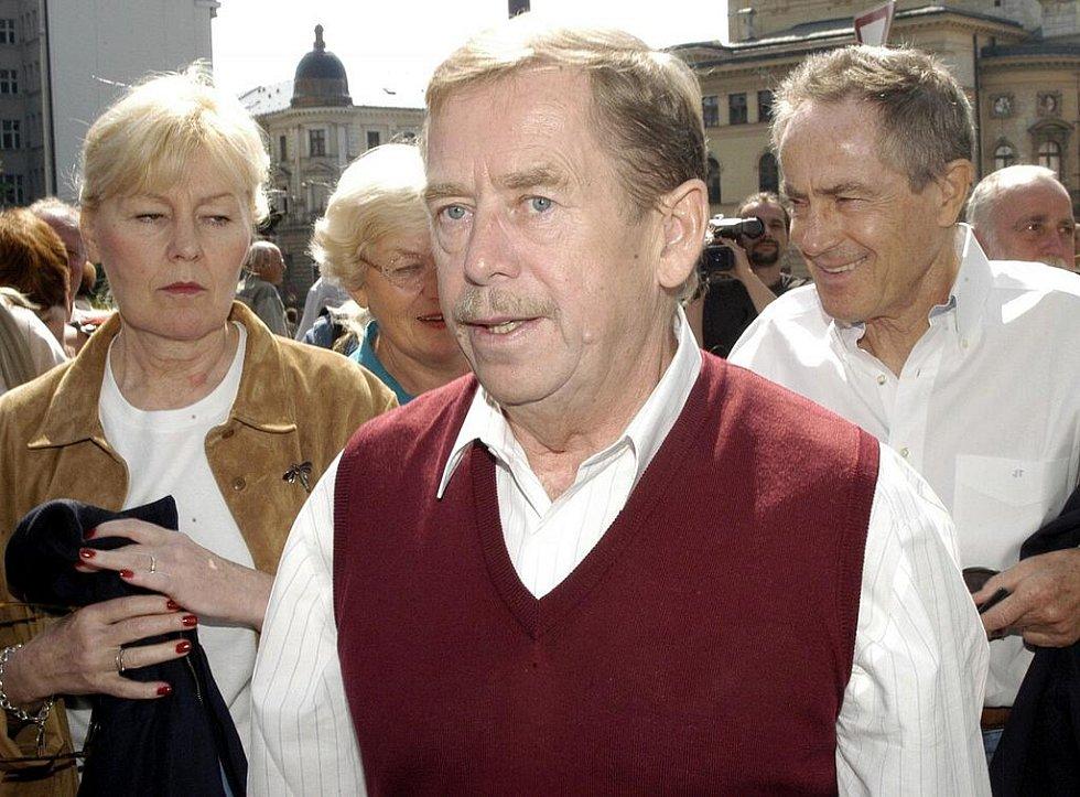 Václav Havel při své návštěvě Liberce v roce 2003.
