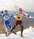 Bagry těžily sníh v Jizerských horách pro běžecký areál ve Vesci.