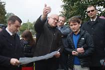 Vedení polského dolu Turów se sešlo s místními v Uhelné.
