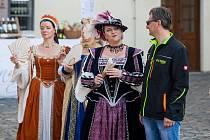Druhý ročník Svatováclavské slavnosti proběhl 28. září na zámku Svijany. Na snímku je taneční vystoupení skupiny Ambrosia.