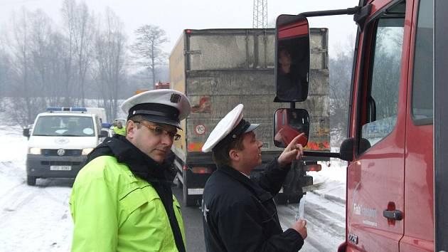 Policejní kontroly nákladních vozů