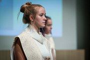Prezentace studentských kolekcí proběhla 18. září v aule Technické univerzity v Liberci v rámci soutěže Oděv a textil.