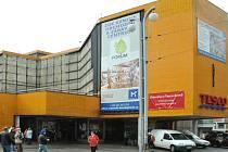 Obchodní dům Ještěd před sedmi lety šel k zemi.
