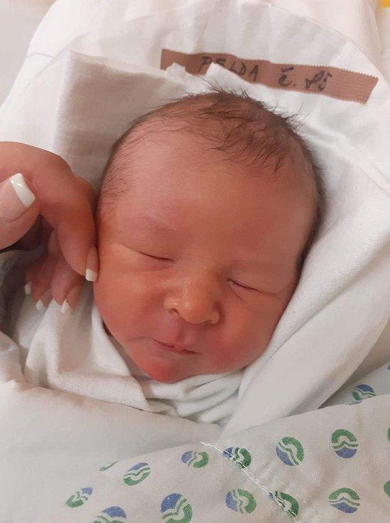 Dalibor Pelda. Narodil se 20. ledna v 8:37 hodin. Vážil 3,6 kg a měřil 50 cm.