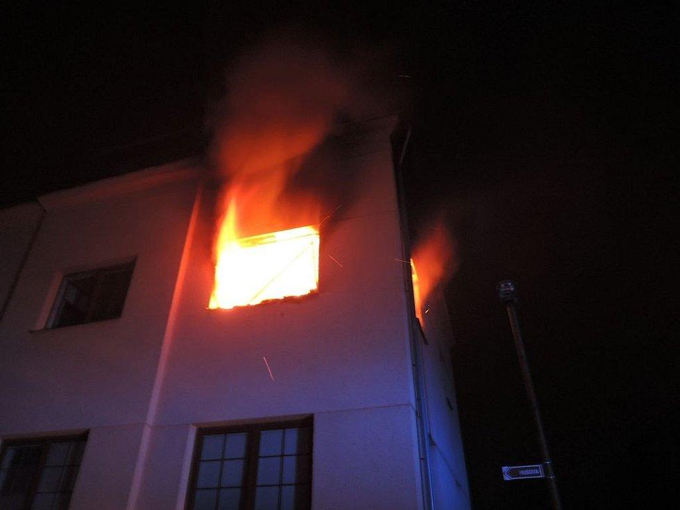 Požár bytu v Rychnově u Jablonce nad Nisou.