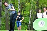 VÍTĚZ. Ondřej Lieser při odpalu. Právě on se nakonec stal českou golfovou jedničkou.