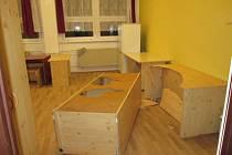 Mladík pod vlivem demoloval ubytovnu (na snímku), napadl i spolubydlícího.