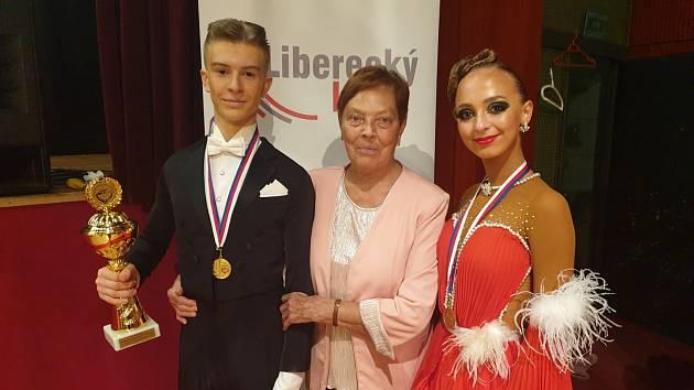 Úspěšní tanečníci klubu TK Koškovi.