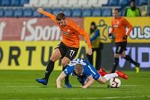 Zápas 16. kola první fotbalové ligy mezi týmy FC Slovan Liberec a FC Viktoria Plzeň se odehrál 23. listopadu na stadionu U Nisy v Liberci. Na snímku vlevo Patrik Hrošovský.